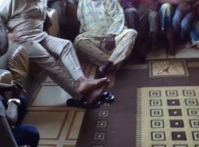 Fayose pays condolence visit to parents of one of the doctors killed in last Sunday's autocrash