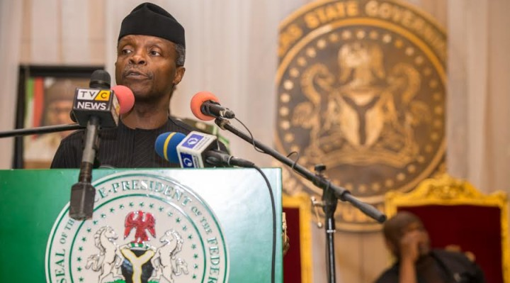 Ag President Osinbajo speaks at the Niger Delta town-hall stakeholder's meeting in Rivers State. 13th Feb 2017. Photo: Novo Isioro.