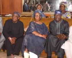 Tinubu,Akande,Osoba,Ambode and others pays condolence vist to late Adeyinka Adebayo's house