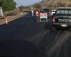 Fashola inspects highway projects in Bauchi and Gombe states on day one of tour of the north east zone