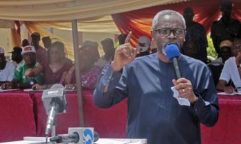 Excitements In Surulere : Hon Gbajabiamila distributes poverty alleviation equipments to his  Constituents