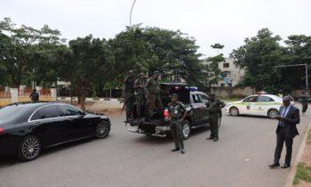 DSS, EFCC, Police Lay Siege On Saraki, Ekweremadu's House